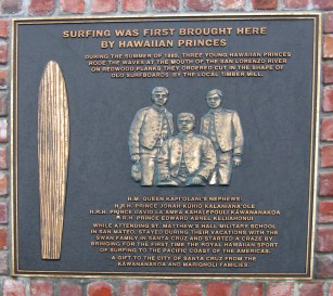 Plaque_at_the_Santa_Cruz_surfing_museum-Lighthouse Point