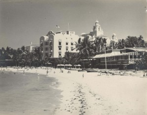 Royal_Hawaiian_Hotel-1951