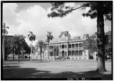 SOUTHWEST_(FRONT)_FACADE_AND_GROUNDS_-_Iolani_Palace-LOC