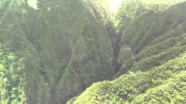 Sacred_Falls-(bluehawaiian)