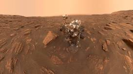 Self-portrait of NASA's Curiosity rover taken on Sol 2082 (June 15, 2018)