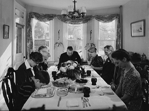 Thanksgiving_grace_1942-WC