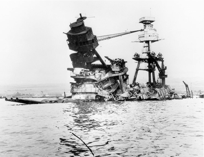 USS_Arizona-Pearl_Harbor