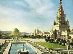 View of the South Gardens and the Tower of Jewels at the Panama-Pacific International Exposition, 1915