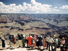 Vintage-Grand-Canyon-look out
