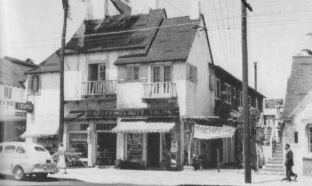 Waikiki Inn and Tavern-1949