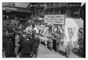 War_Savings_Stamps_in_New_York_City_in_1918