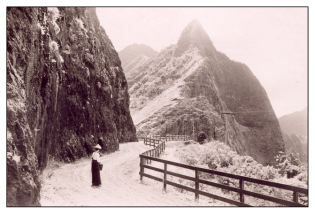 Windward_Side_of_the_Pali-(HHS)-1899