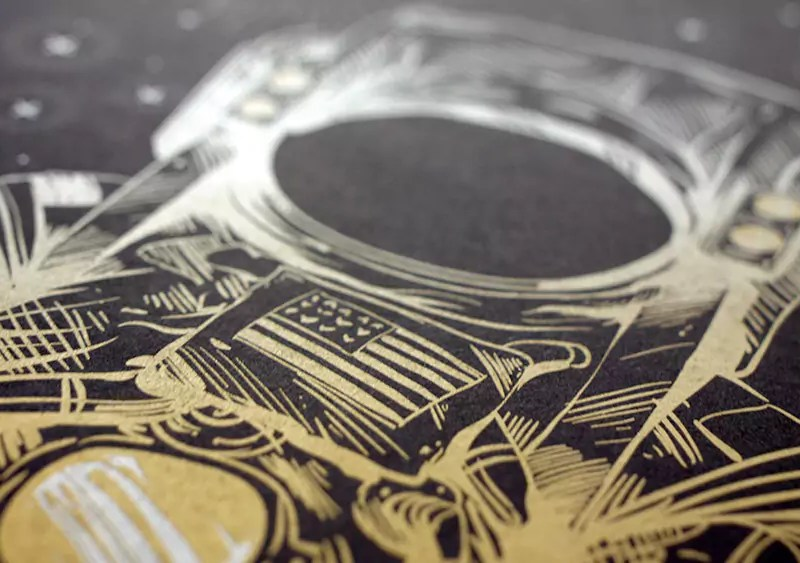 Print in Gold, Silver, White, and Clear Inks with CMYK Plus