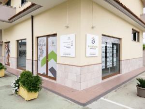 PIANETA CASA agenzia immobiliare di San Salvatore