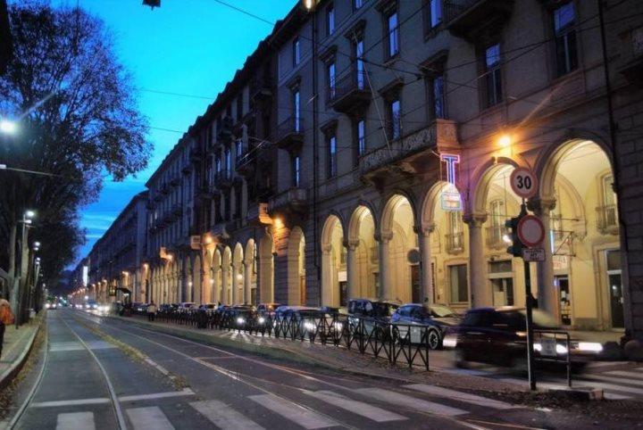 Bilocale In Affitto A Torino Via Paolo Sacchi San Salvario
