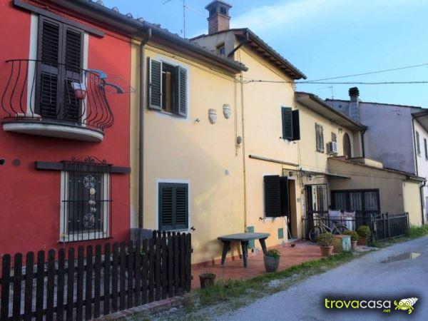 Case con Giardino Privato in vendita a Quarrata PT  TrovaCasanet