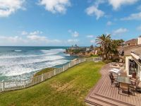 Panoramic Ocean View Backyard in Upscale La...