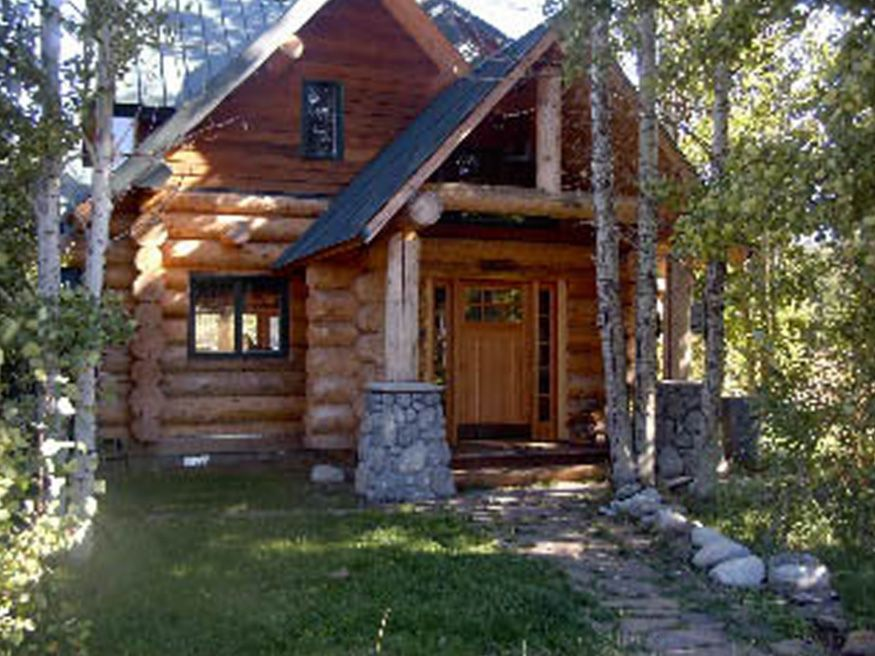 Lake Side Lodge Kids and Pets Welcome Short  VRBO