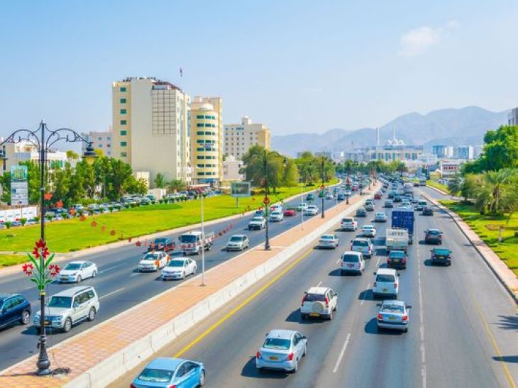 Oman allows expat workers to switch jobs without two-year ban   Oman – Gulf  News