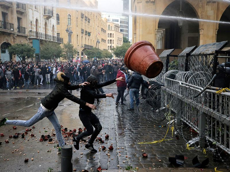 Protests break out in Lebanon. army is deployed | News-photos – Gulf News