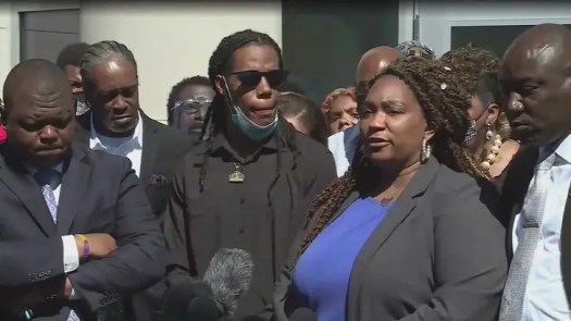 Andrew Brown Jr.'s Family Sees 'Snippet' of Body Cam Video from Fatal Shooting 2