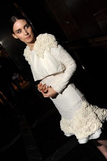 http://www.wwd.com/eye/fashion/celebrity-trendsetters-kate-and-rooney-mara-6703492/slideshow#/slideshow/article/6703492/6703525