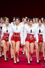 http://www.style.com/fashion-shows/spring-2015-ready-to-wear/dolce-gabbana/