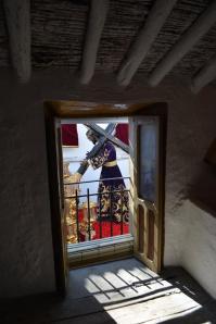 La imagen de Padre Jesús pasa delante de la casa de María Teresa la del Horno. Foto: MARÍA GUZMÁN JIMÉNEZ.