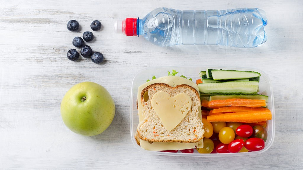 Chemicals in Food May Harm Children, Pediatricians' Group Says