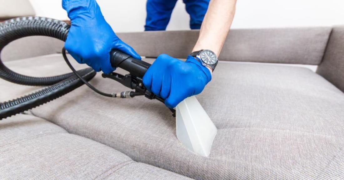 clean-a-sofa-fabric