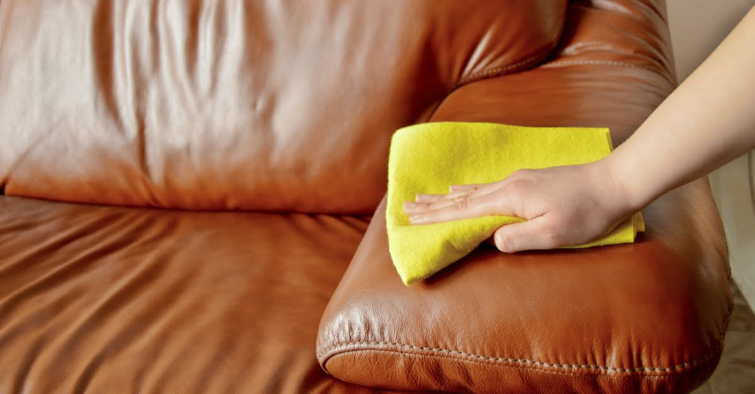 clean-a-sofa-leather