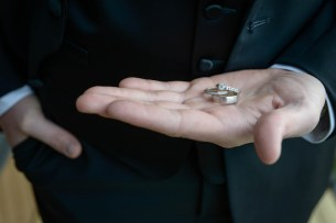 Thunder_bay_wedding_groom20160103_09