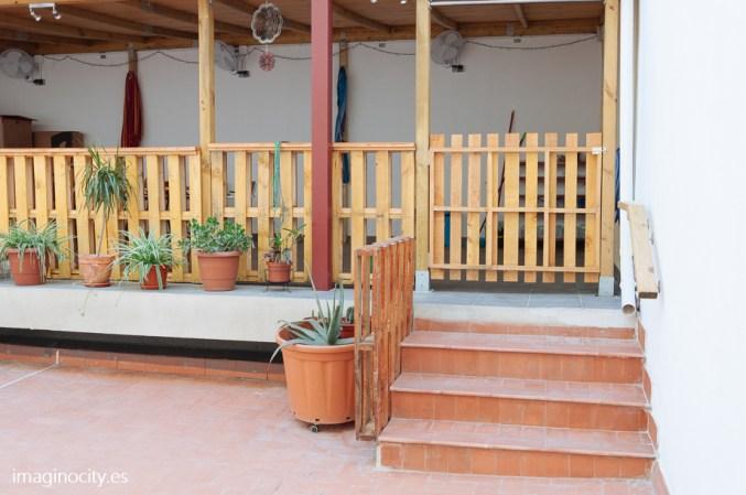 Patio exterior / pergola / area de jardin y descanso