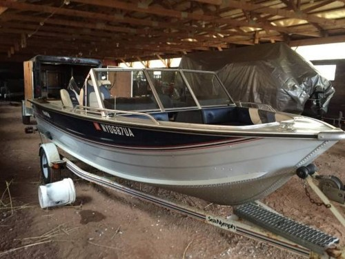 small resolution of here is a few pictures of the boat back home and one picture of it when i was at the sellers place
