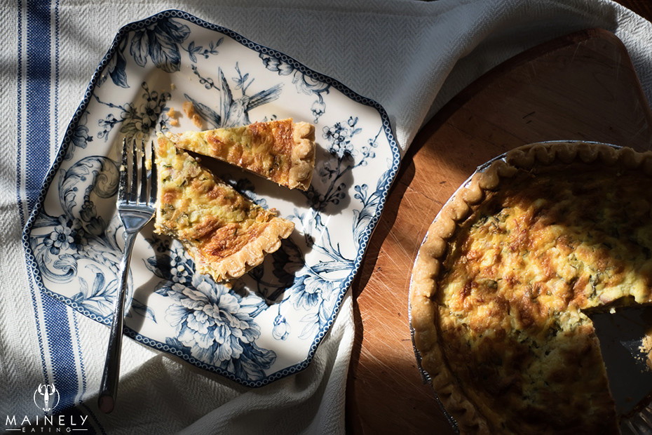 Caramelized onion, gruyere cheese and ham quiche recipe