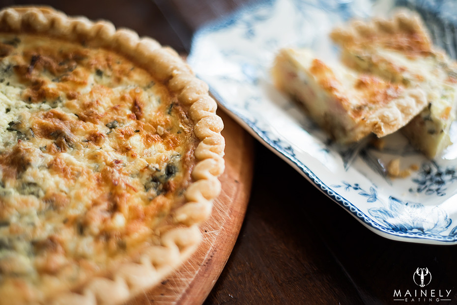 Delicious caramelized onion, gruyere cheese and ham quiche recipe