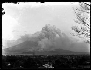 桜島の大正噴火