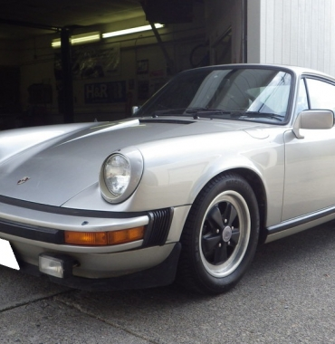 1982 Porsche 911SC sunroof coupe