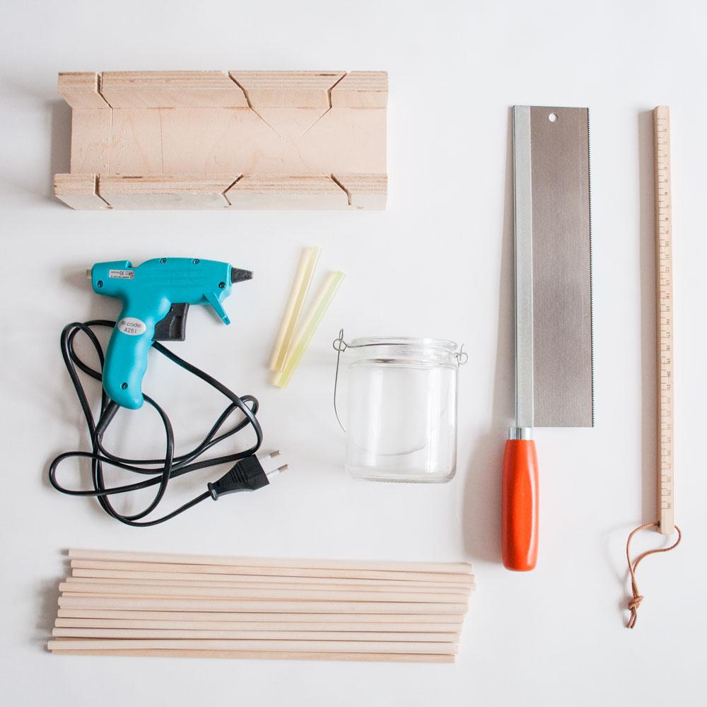benodigdheden DIY houten waxinelichthouder | IMAKIN