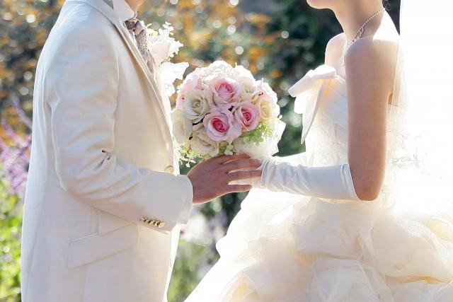12月 結婚式 非常識