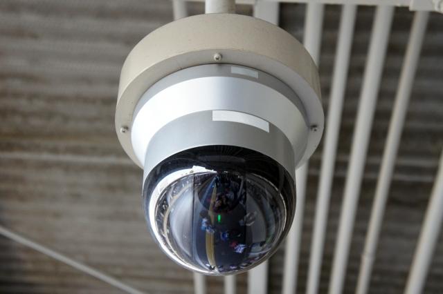 監視カメラ ドーム型