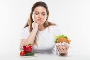 食べるのが早い 太る