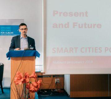 slovensko-na-ceste-k-smart-cities-2019-radovanskohel_37-1030x687-1030x630
