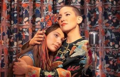 MUSIC_Maddie-Ziegler_Kate-Hudson_fot.-Galapagos-Films_lowres.jpg
