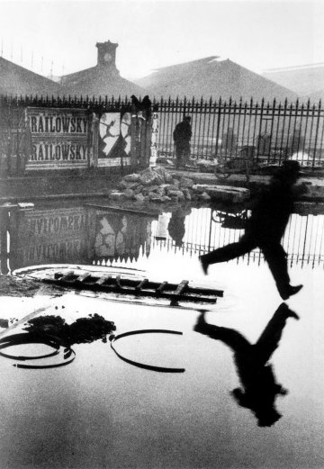 Henri Cartier-Bresson, Behind the Gare Saint-Lazare. Paris. 1932 @Henri Cartier-Bresson   Magnum Photos