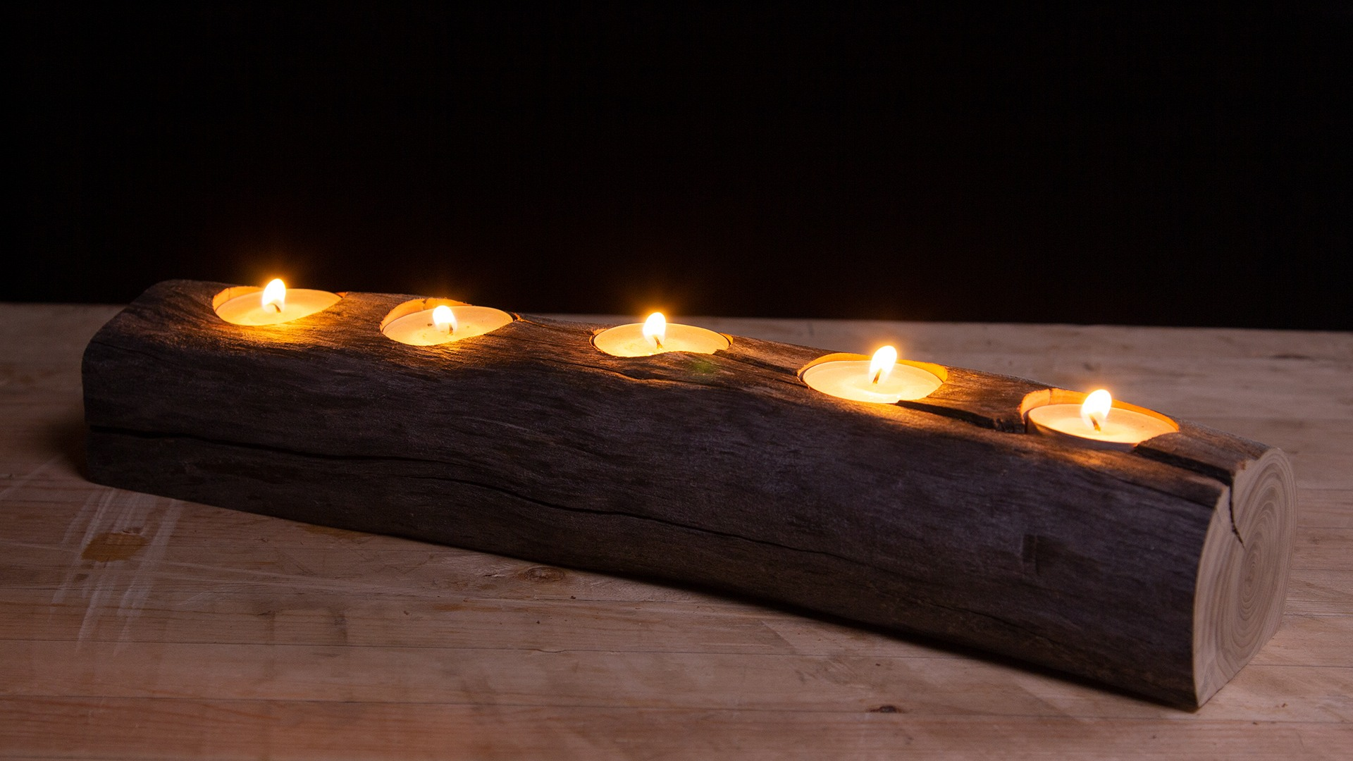 Rustic Candle Holder Centrepiece