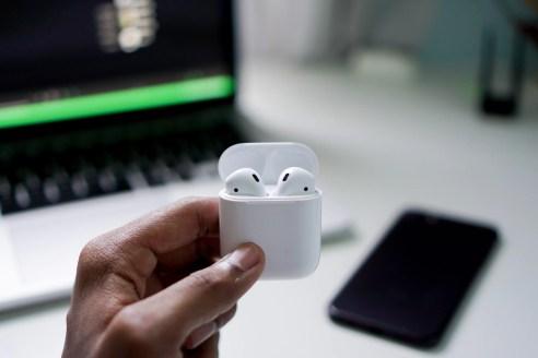 AppleWatchとエアポッズは最高の組み合わせ。絶対に買うべきです。