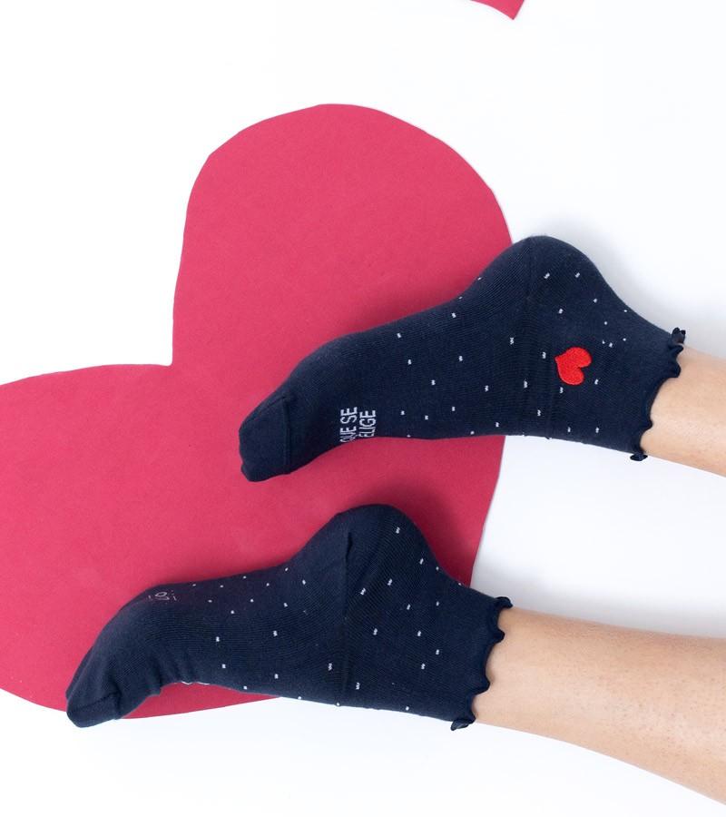 calcetines-amiga-eres-la-familia-que-se-elige-corazon (1)