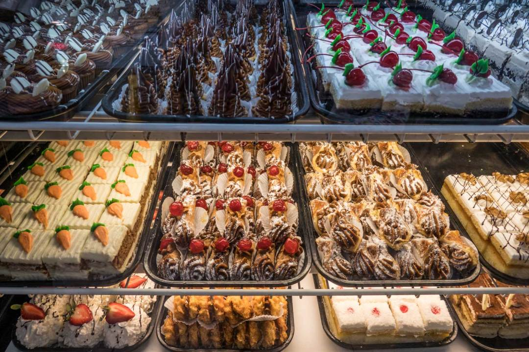 La-Gran-Uruguays-Jackson-Heights-Queens-desserts-1600x1067
