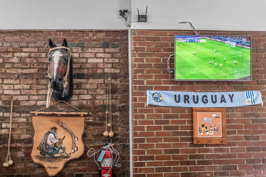 La-Gran-Uruguays-Jackson-Heights-Queens-wall-1600x1067