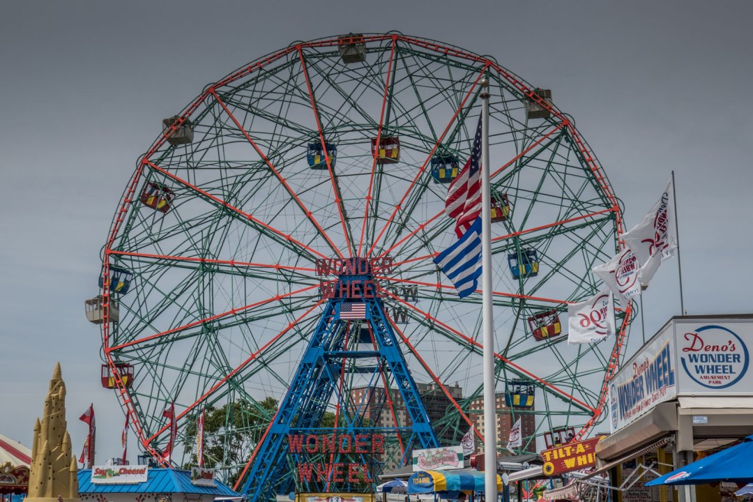 wonder-wheel-coney-island-brooklyn-1600x1067