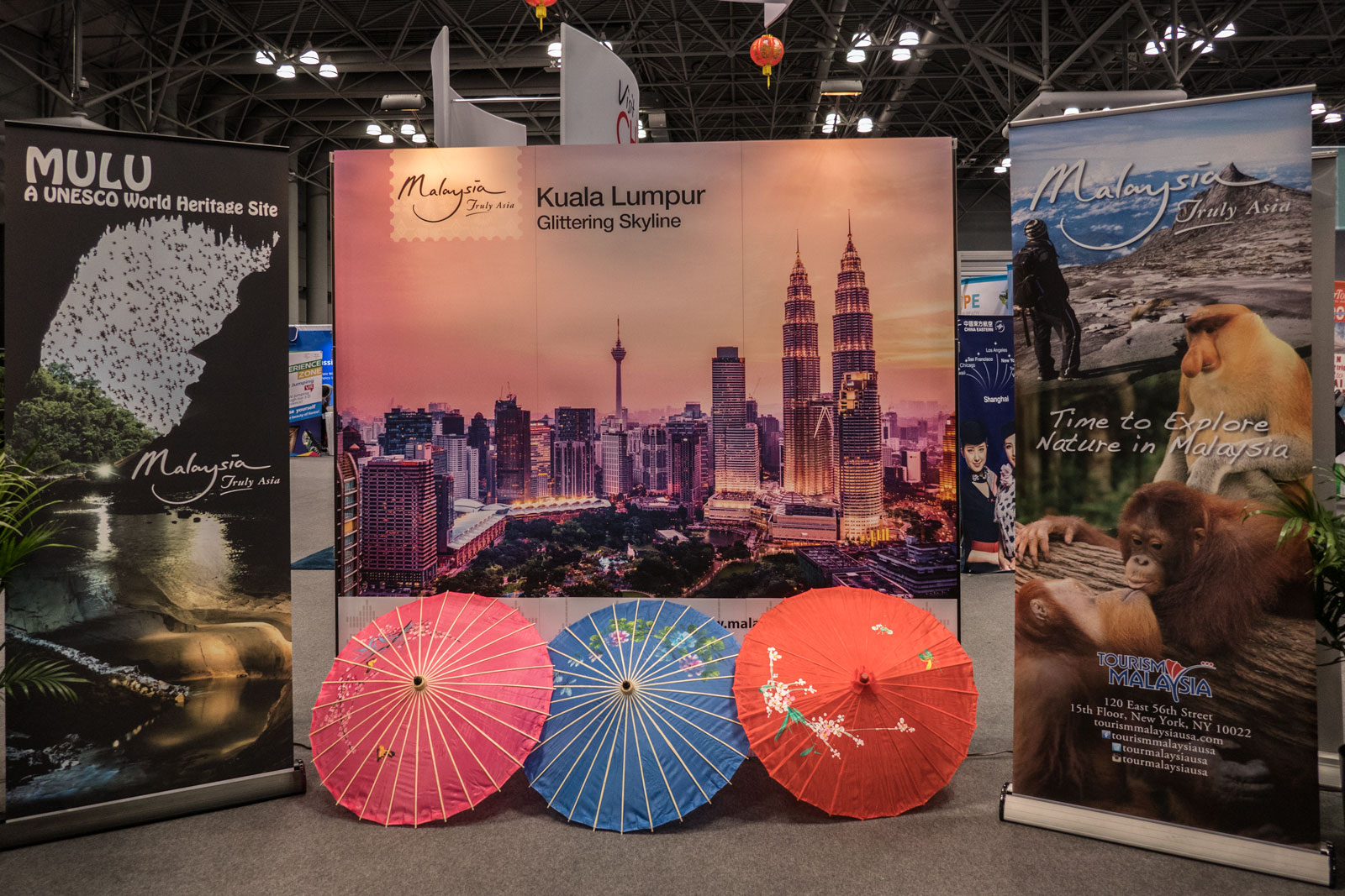 sofa expo new york 2017 hard cushions the times travel show a review