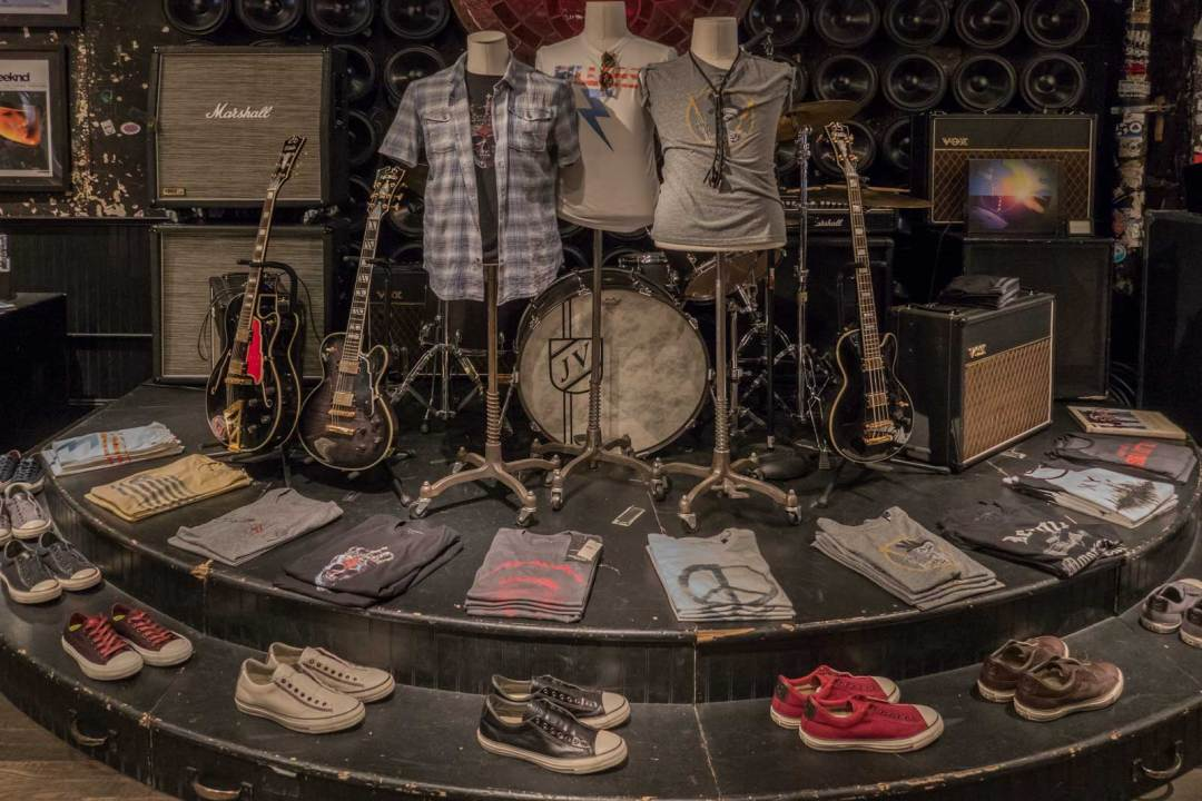 John-Varvatos-315-Bowery-former-CBGB-shoes-Manhattan-NYC-1600x1067