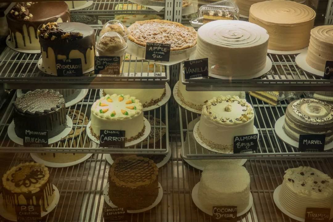 cakes-at-Barred-&-Broody-Easton-Public-Market-Lehigh-Valley-Pennsylvania-1600x1067